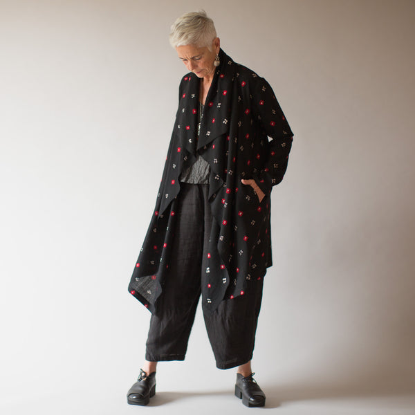 Narlai Coat - Merino Wool - Black & Red Bandhani