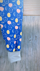 Apples Grow-with-me Pants