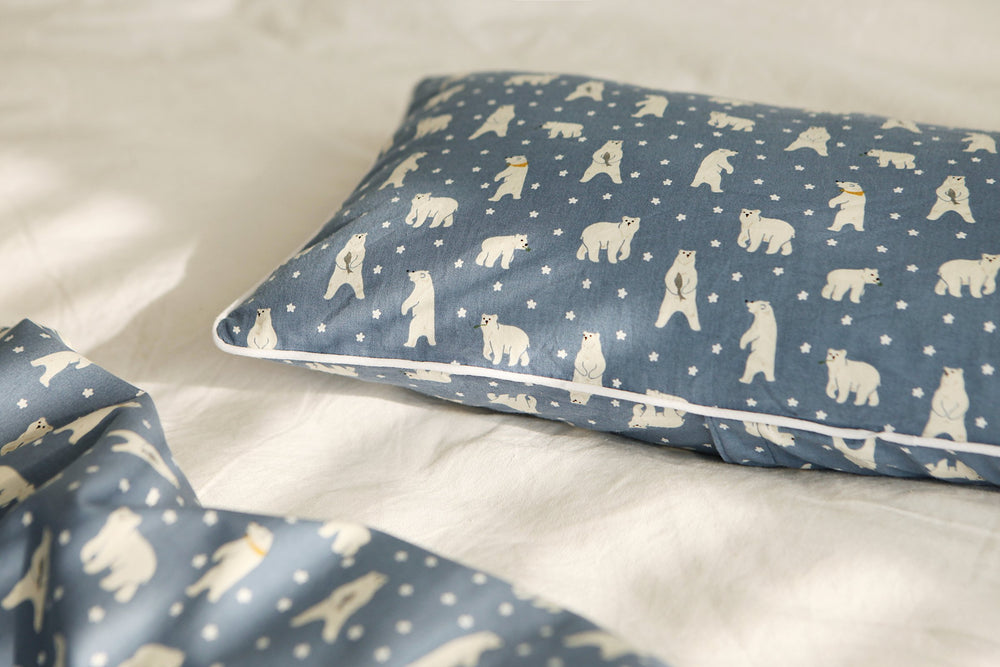 "Design Fabric (Cotton 20C) : Friendly Bear 42"" Wide - Dailylike Canada"