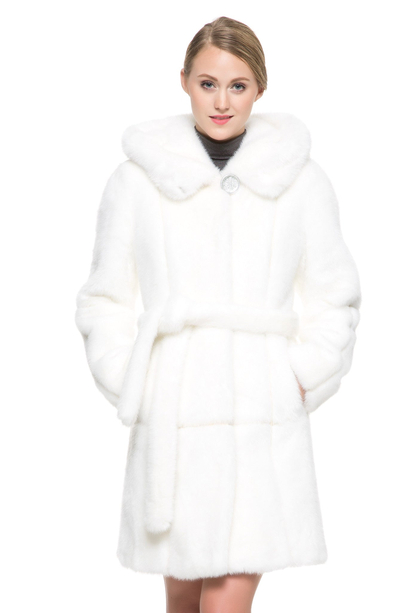 LUXURY FAUX FUR COAT – Adelaqueen for White Sable Fur  146hul
