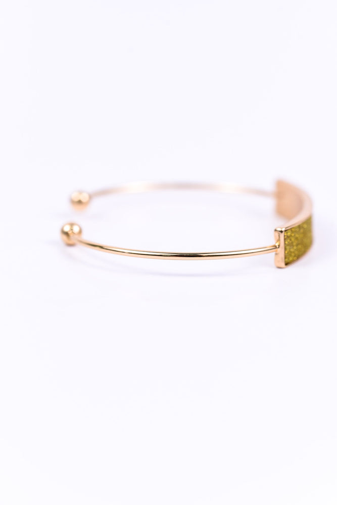 Gold Adjustable Bracelet - BRC1467GO