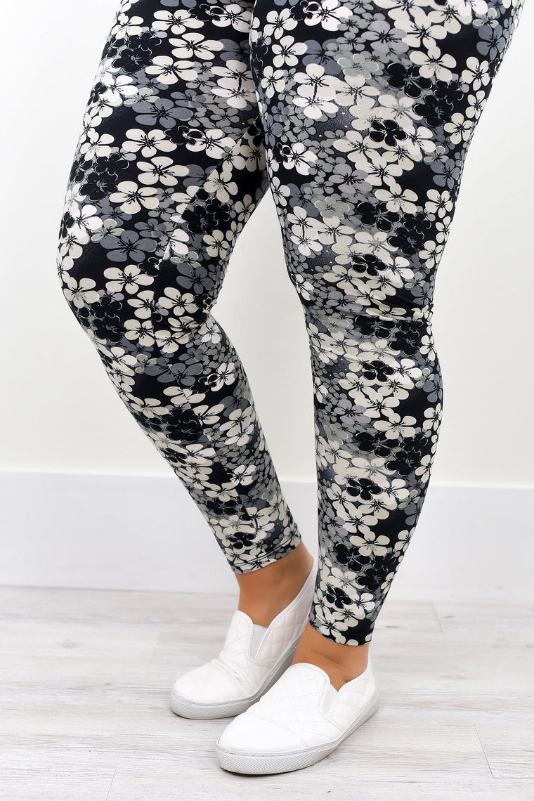 Black/Gray/White Floral Printed Leggings (Sizes 20-26) - LEG1982BK