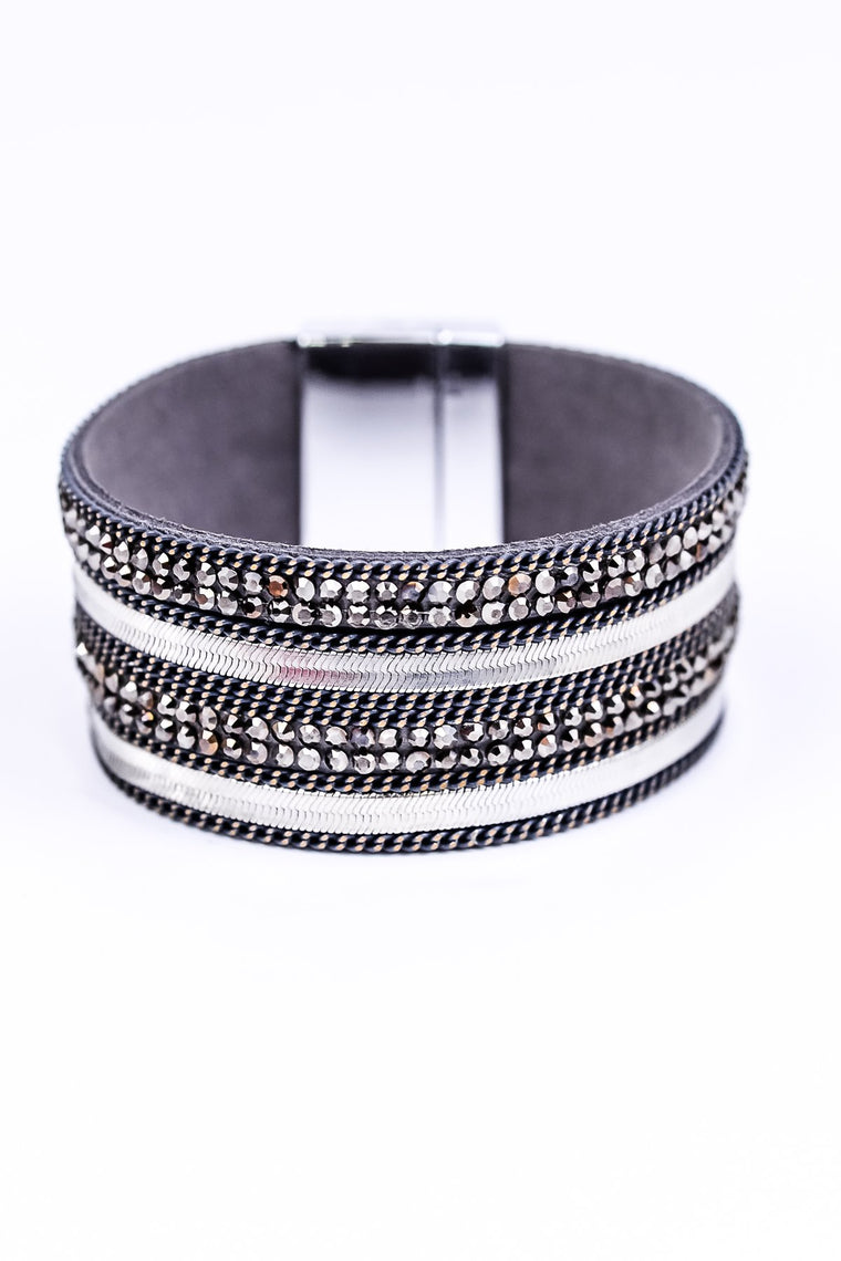 Silver/Gray Bling Magnetic Closure Bracelet - BRC1684SI