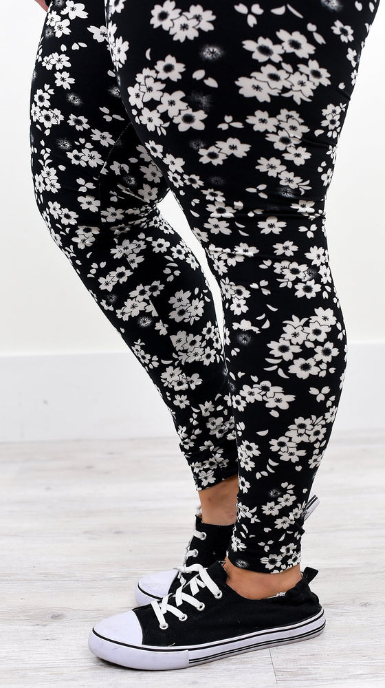 Black Floral Printed Leggings (Sizes 12-18) - LEG2073BK