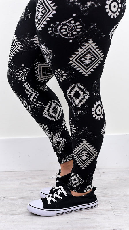 Black Aztec Printed Leggings (Sizes 12-18) - LEG2039BK