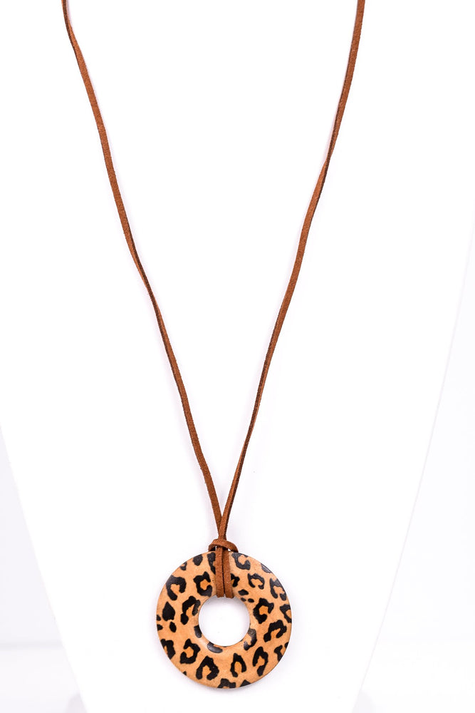 Brown/Leopard Wood Circle Necklace - NEK2629BR
