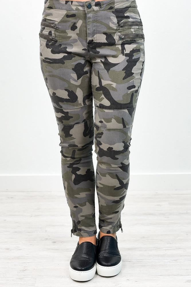 I'm Not So Common Gray Camouflage Jeans - K305GR