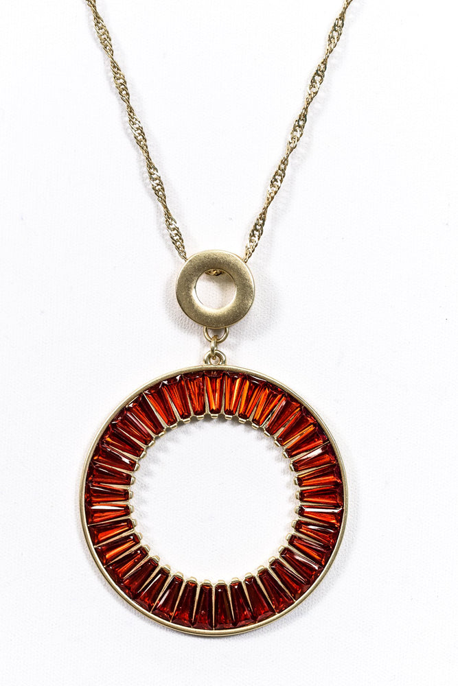 Gold Circle With Burgundy Glass Necklace - NEK2806GO