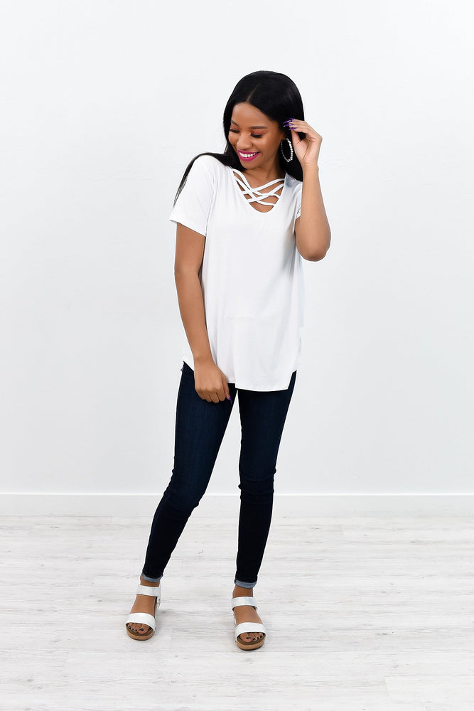 Perfectly Classic White Caged V Neck Top - B7655WH
