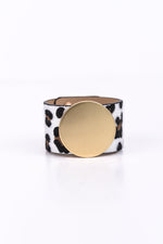 White Leopard/Matte Gold Disc Snap Closure Bracelet - BRC2453WH