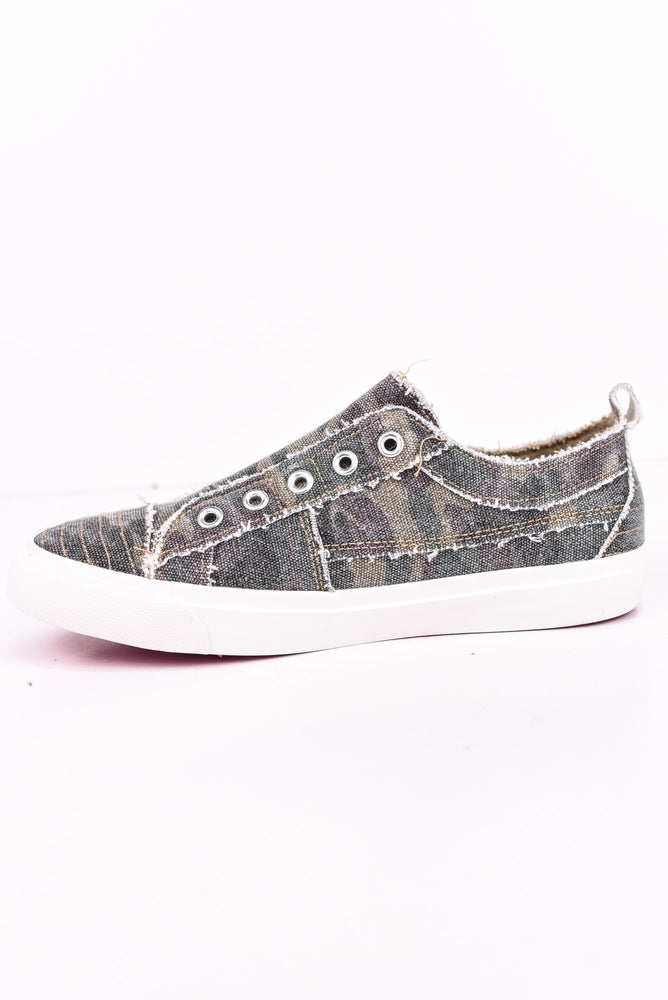 Expressive Looks Camouflage Slip On Sneakers - SHO1720CA