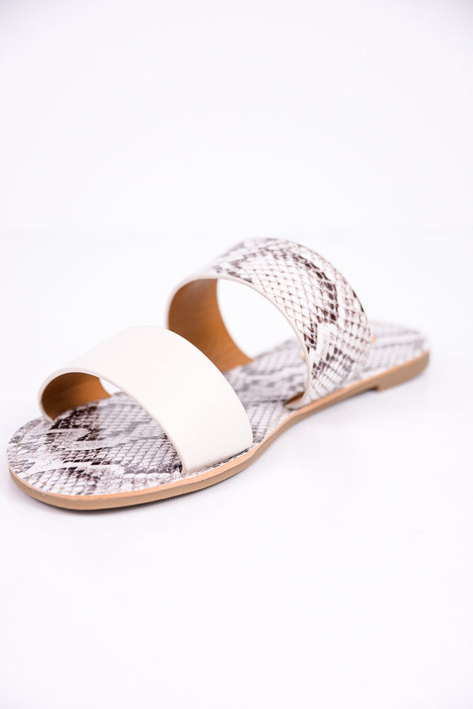 Walks Along The Pier Off White/Snakeskin Sandals - SHO1782OW