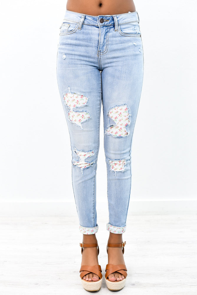 Patch Me Back Together Light Denim Floral Patch Jeans - K466DN