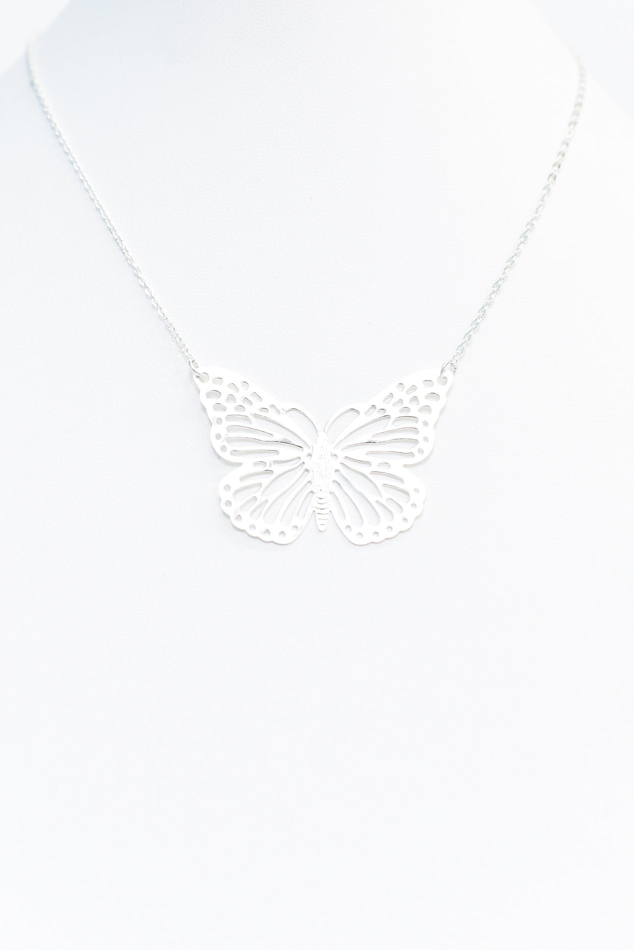 Silver Butterfly Pendant Necklace - NEK3428SI