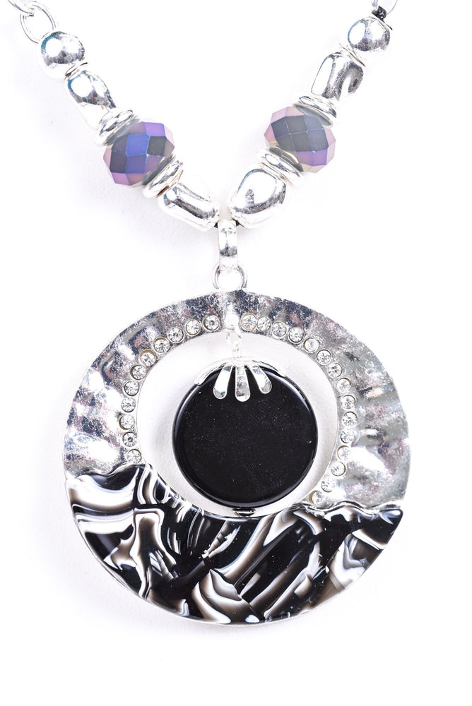 Silver Hammered/Black/White Marble Bling Pendant/Beaded Necklace - NEK3433SI