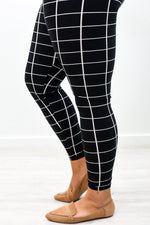 Black/Ivory Grid Printed Leggings (Sizes 20-26) - LEG2747BK