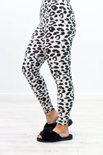 White/Black Leopard Printed Leggings (Size 20-26) - LEG2843WH