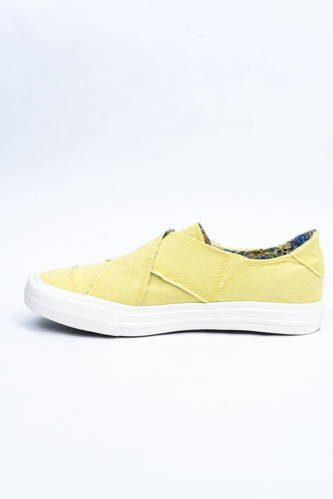 Footprints In The Sand Yellow Distressed Slip On Sneakers - SHO1972YE