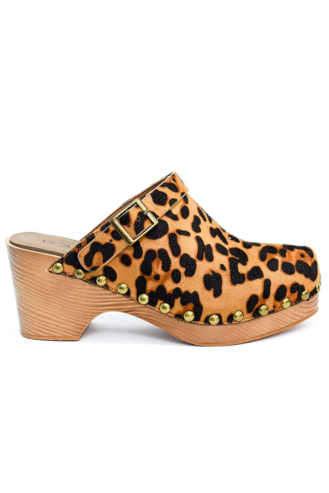 Keep Your Eyes On Me Leopard Studded Clogs - SHO1877LE