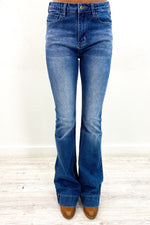 Continue On Your Way Medium Denim Jeans - K504DN