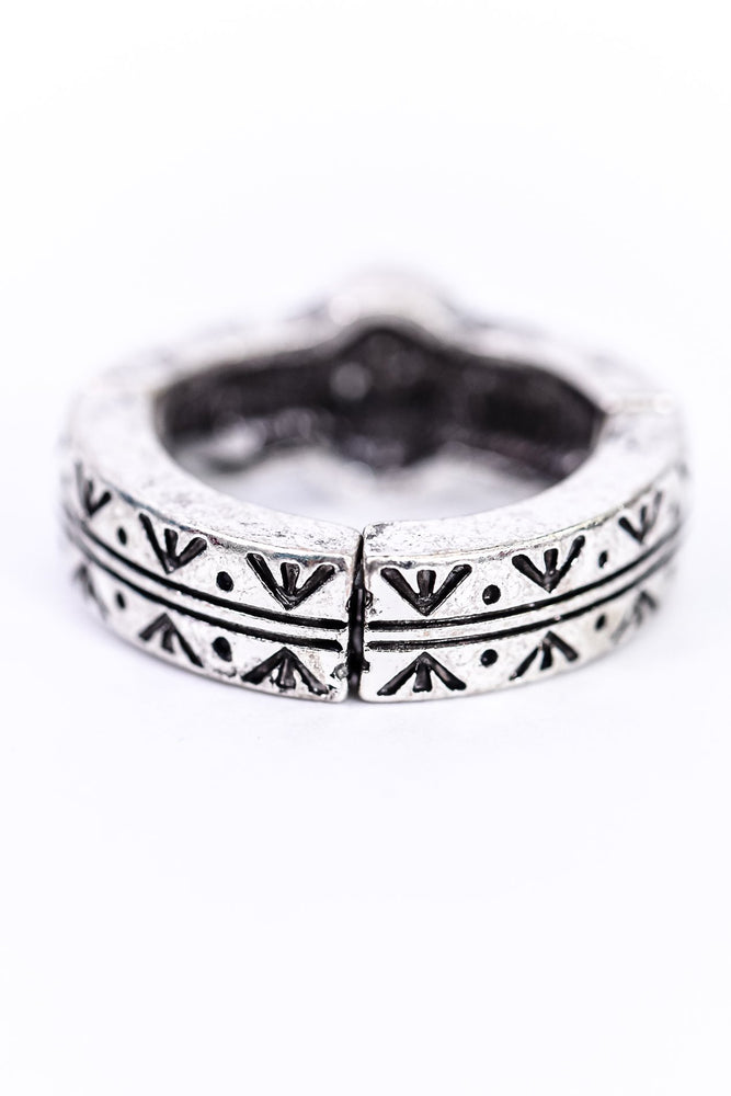 Silver/White Stone/Patterned Stretch Ring - RNG1094SI