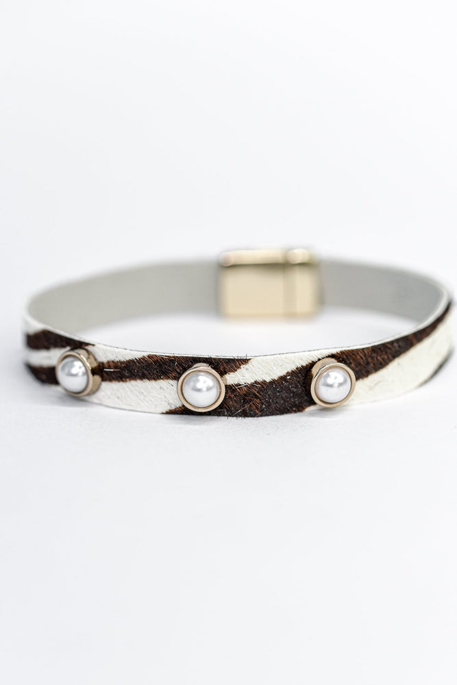 Ivory/Black Zebra Gold/Pearl Studded Magnetic Closure Bracelet - BRC2824IV
