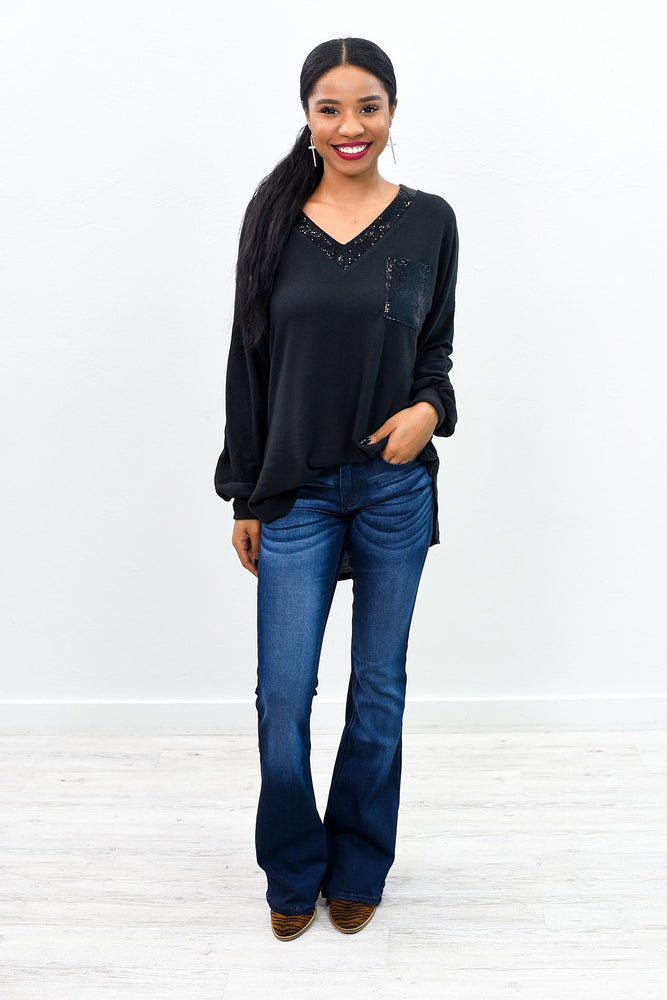 She's A Free Spirit Dark Denim Flare Jeans - K591DN