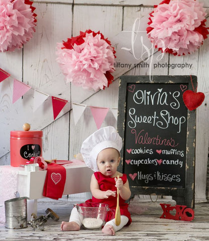Valentine joy ride balloons and a sweet chalkboard sign are easy accessories to add to an activity that your little one already enjoys riding their bike