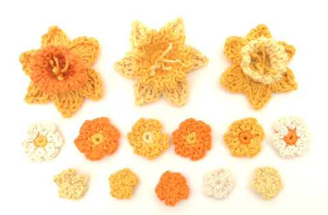 Crochet flowers by Cotton Pod - free patterns