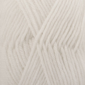 DROPS Karisma - 100% superwash wool - 01 off white - buy from Cotton Pod UK