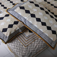 Hand Block Print  Black Colour Diamond & Zig Zag Design King Size Bedsheet (2 Pillow Cover)