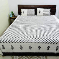 Black Colour Small Flower Print 100 % Cotton King Size Bedsheet with 2 Pillow Cover