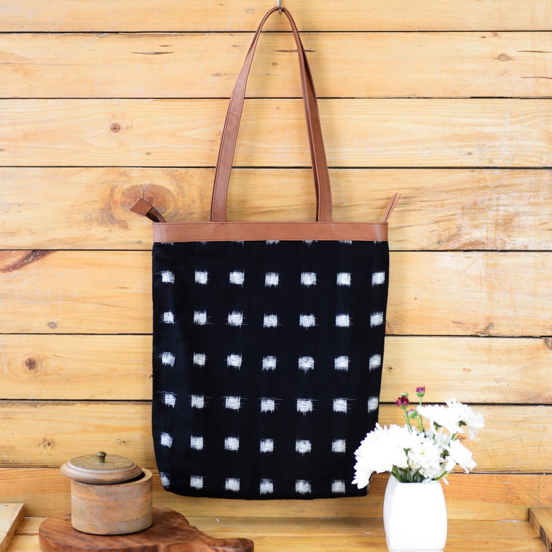 Handwoven Ikat Chequered Fabric Tote (Black And White)