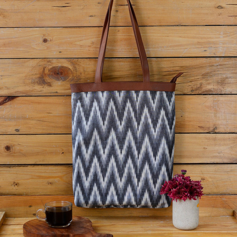 Handwoven Ikat Tote (White And Brown)