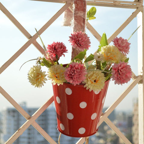 Round Railing Red Planter With White Polka Dots (5 inch)