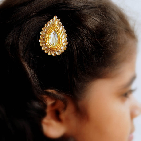 56c670cc4 Ethnic Gold Hair Clips Gift Set For Girls Festive Wedding Accessories –  Qtrove
