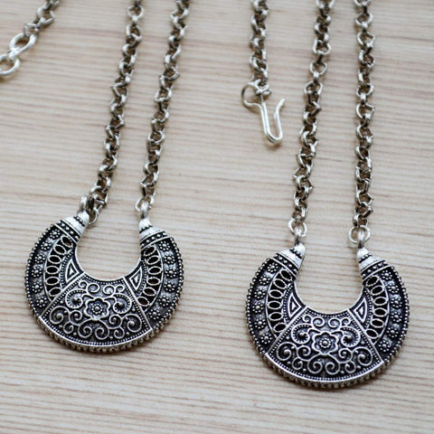 Ethnic Traditional Kathiawadi or Gujarati Style Maang Tikka and Necklace Set Silver Festival Jewelry