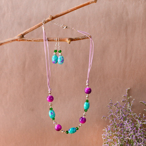 Handcrafted Threaded Necklace With Purple And Green Beads