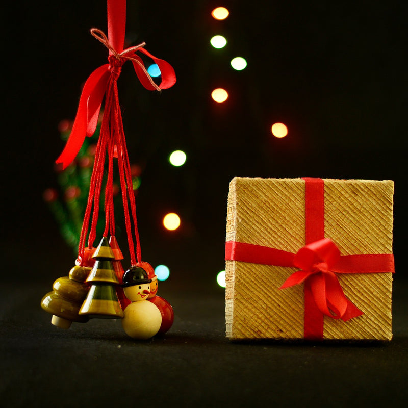 Handcrafted Wooden Christmas Decoration Figurines And Tree