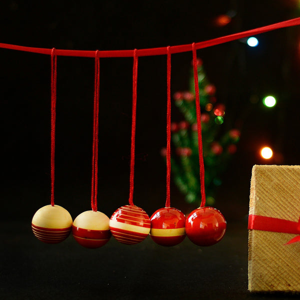 Handcrafted Wooden Christmas Decoration Balls (Set of 5) at Qtrove