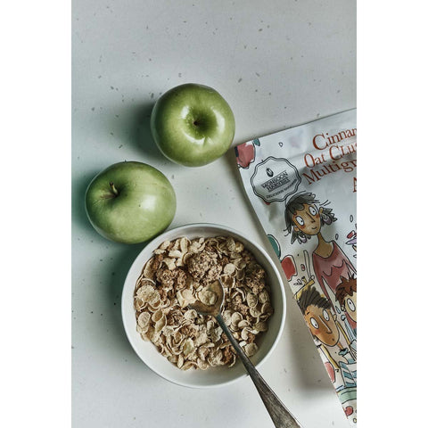 Cinnamon Oats Clusters and Multigrain Flakes with Apple