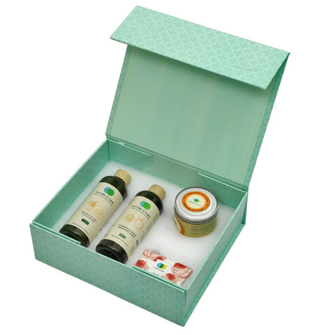 Organics  4-Piece Natural Bath & Body Gift Set