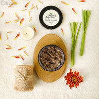 Detoxifying Mud Scrub