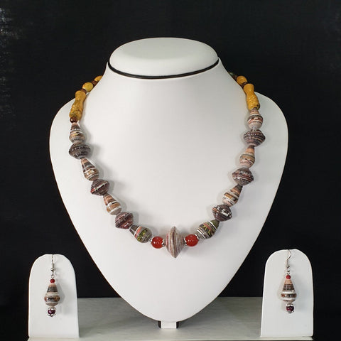 Neck Piece Set Of Multi Shaped Beads With Silver Bead Caps With Matching Ear Rings (DC:1016)