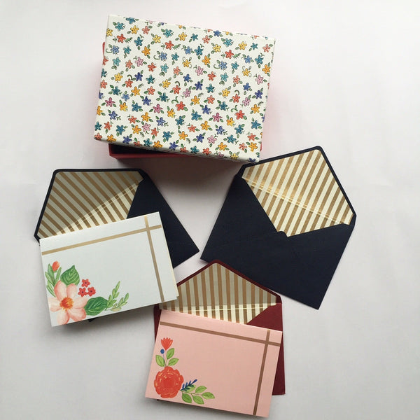Floral note card set at Qtrove