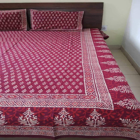 Hand Block Print Small Flower Design Mahroon Colour King Size Bedsheet (2 Pillow Cover)