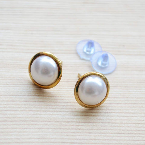 White Pearl Gold Minimalist Stud Earring