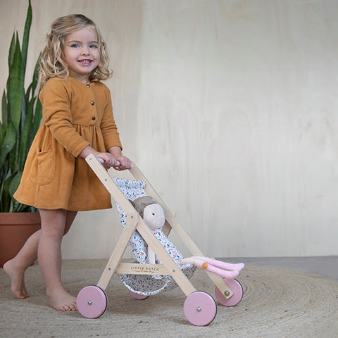 Dolls, Dolls Prams, Beds, Chairs and Dolls Houses