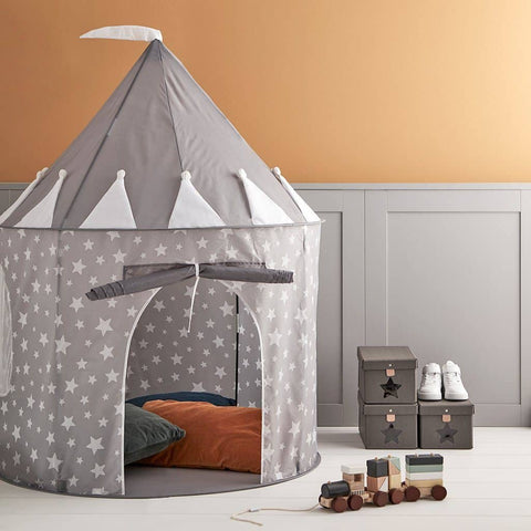 This beautiful grey play tent is the perfect place for you little princes and princesses to escape. They will have hours of fun going in and out of their castle.