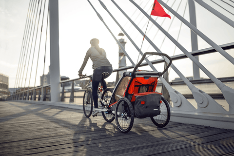 The new Thule Chariot Cross is designed for active families who want a versatile, tough, and stylish carrier, and who love being outdoors all year round.